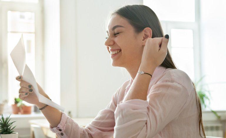 Na aké benefity lákajú firmy zamestnancov v roku 2019?